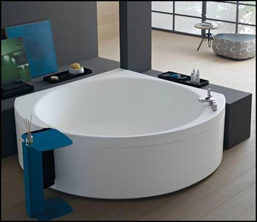 30 Belles Baignoires D Angle Modernes Idee De Deco Baignoire Angle Baignoire Moderne