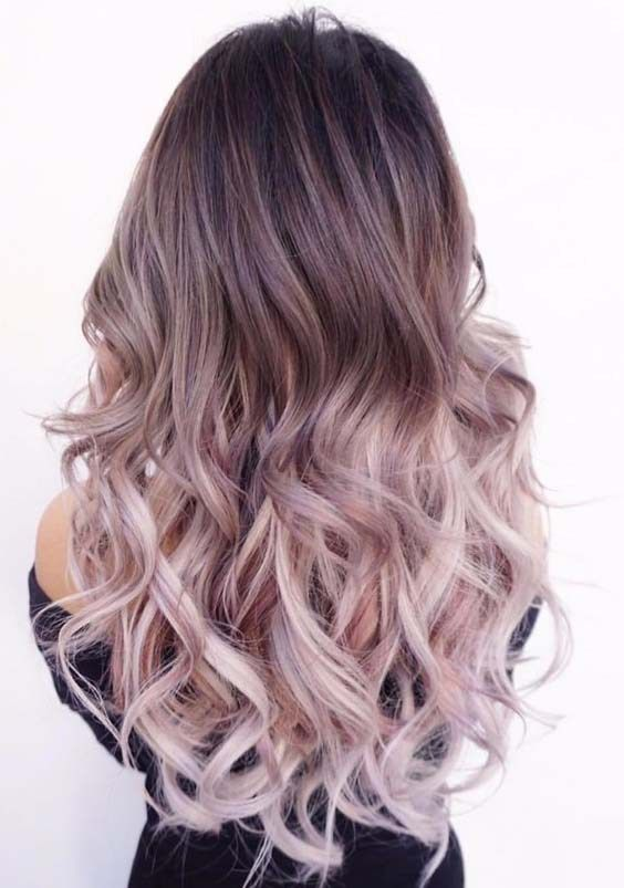Here You Can See The Breathtaking And Stunning Shades Of Light Purple Hair Colors In Ombre Styles To Wear In Hair Styles Purple Ombre Hair Beautiful Curly Hair