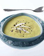 Kalte Kokos-Curry Suppe. Schmeckt hervorragend in Begleitung zu Krustentieren.