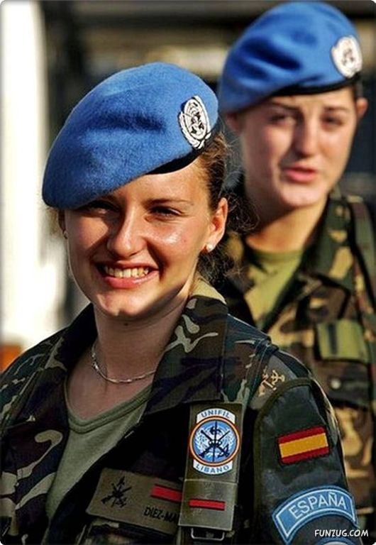 Russian Woman Soldier Latina Latina 98