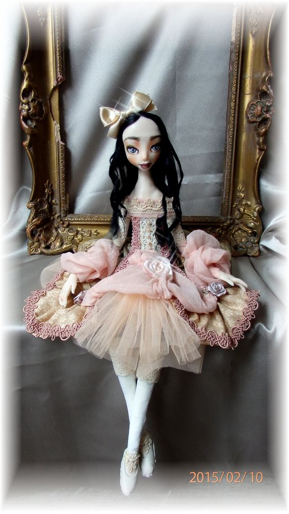Lora - one of a kind doll. Artist - Agniete Mikalauskiene. Every detail made by hands.