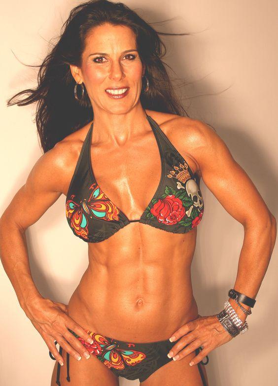 40 Women Fitness Look Who Is Reading Fabulous