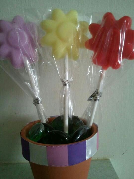 Scent wax flower pops