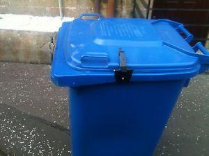 Abschließbare Mülltonnen