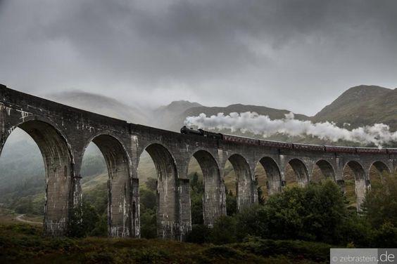 Jacobite Train (Harry Potter's train to Hogwarts) by Zebrastein