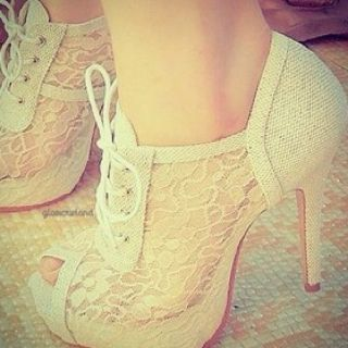 ADORABLE.  i would kill for these.