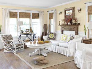 35 budget friendly home decorating ideas rideaux blancs tables et salons - Rideaux style cottage ...