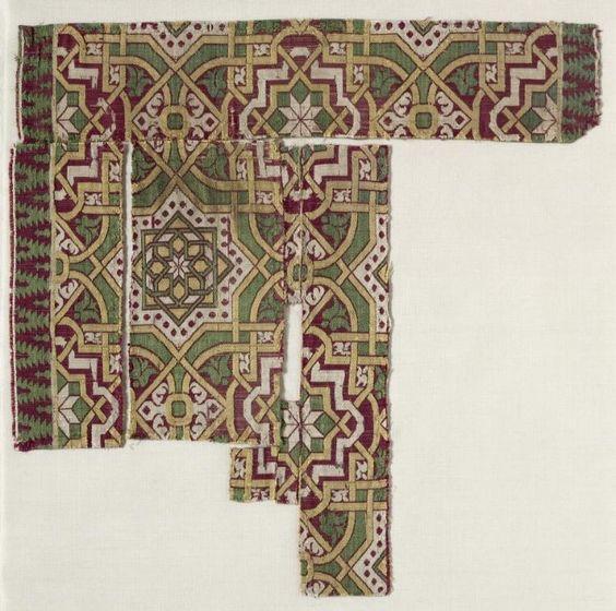Silk Fragment, 14th-15th century  Spain, Islamic period, 14th-15th century  lampas weave, silk, Average - h:31.10 w:30.50 cm (h:12 3/16 w:12 inches). Thirty-fifth anniversary gift 1951.399