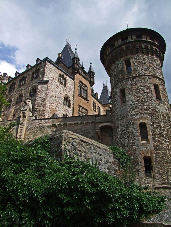 Dvorci koje verovatno nikada nećete posedovati - Page 4 Af24b367716703f51efc29577eeba666