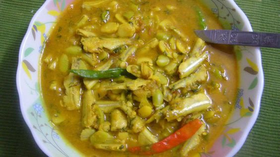 রেসিপিঃ সিমের বিচি ও মলা মাছ (আমার সেরা রান্নার একটা) | রান্নাঘর (গল্প ও রান্না) / Udraji's Kitchen (Story and Recipe)