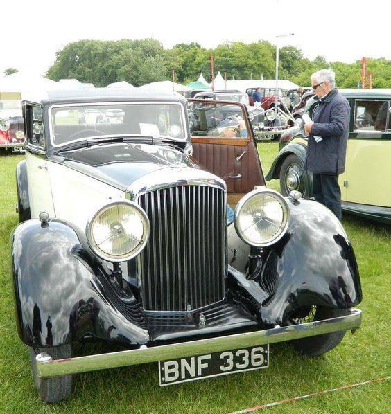 Classic 1936 Bentley 4 Derby Sports Saloon Sedan Saloon: 1935 Saloon By Park Ward (chassis B197DK)