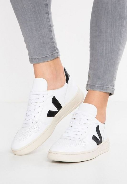 Expresión Preguntarse grua  Veja V-10 - Baskets basses - extra white/black - ZALANDO.FR #women'ssneakers  #women's #sneakers #trainers | Veja shoes, Womens sneakers, White sneakers  women