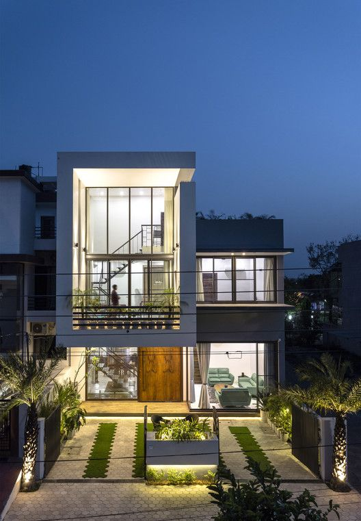 Gallery Of Sky Box House Garg Architects 22 In 2020 Box Houses Model House Plan Modern Bungalow Exterior
