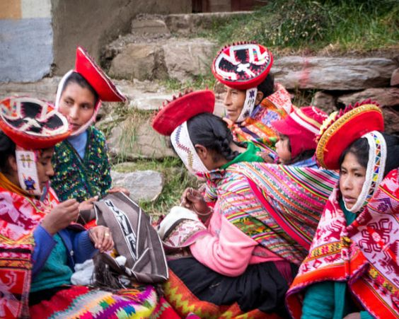 COTOPAXI - Die Weberinnen vom Valle Sagrado