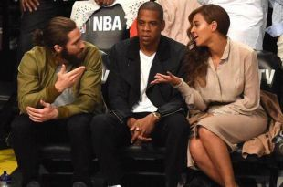 Jake Gyllenhaal Stunted on Jay Z at the Nets/Heat Game