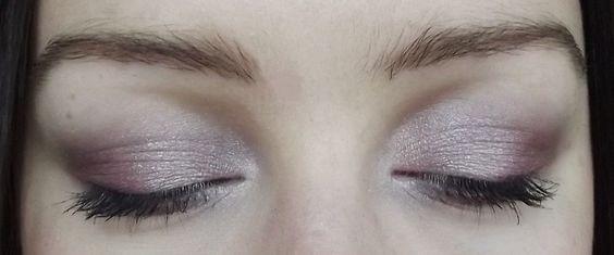 [TUTO] Make-up de jour avec la Naked 3   En Mode Gonzesse - Le Blog beauté maquillage et humeurs