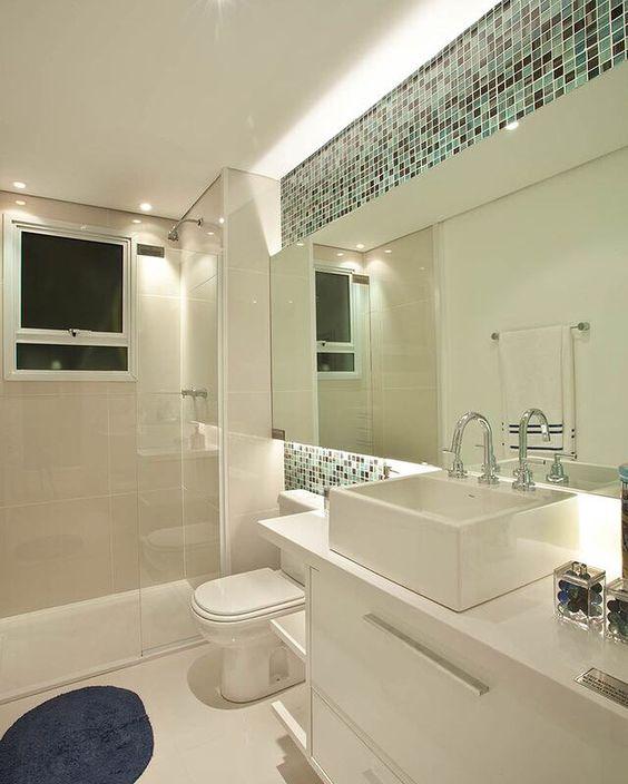 Buenos d as con espejos retroiluminados bien molones a - Espejos bano modernos ...