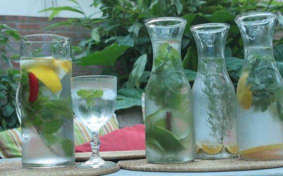 Turbine a agua do dia a dia com ervas, frutas ou o que a sua imaginação mandar
