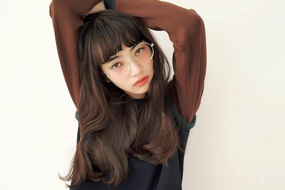 メガネをかけた小松菜奈