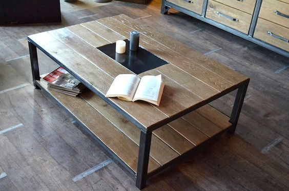 Table basse industrielle bois vieilli fabrication la for Fabrication table bois