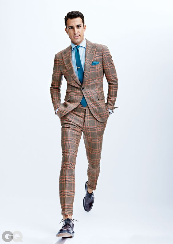 Choose the Best Suit Fabric for Every Season | Suits, Love this