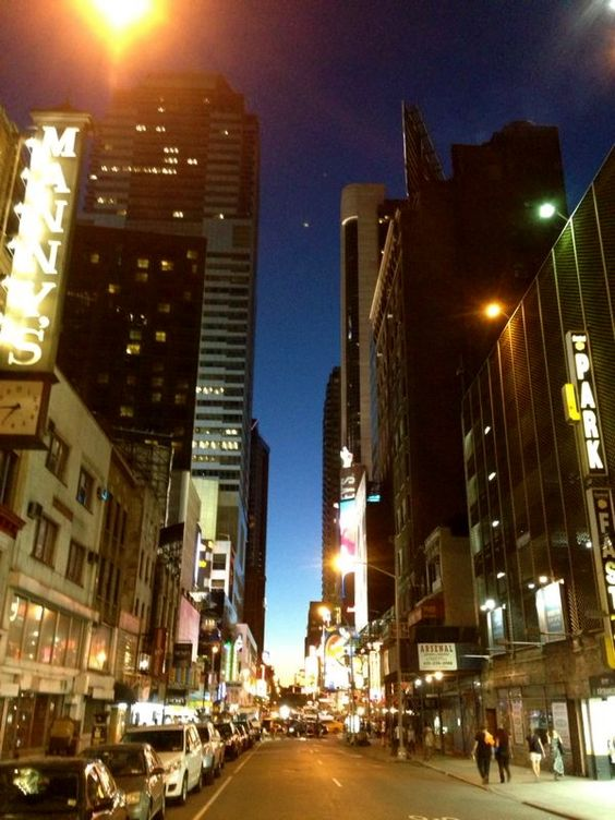 NY, the big apple is always alive