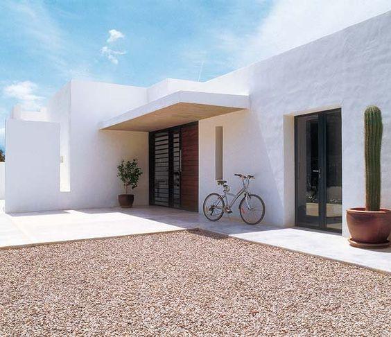 Una casa ibicenca renovada: