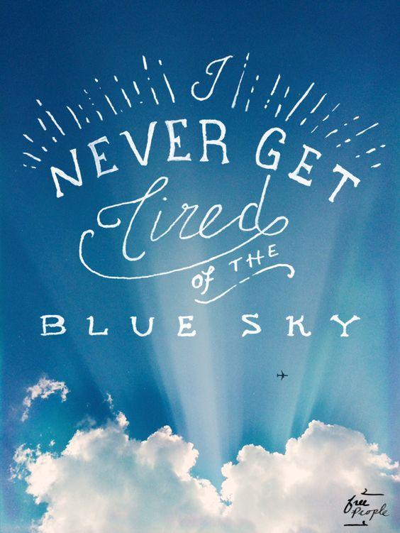 Nós não nos cansamos do céu azul! E tu? #travel #sky