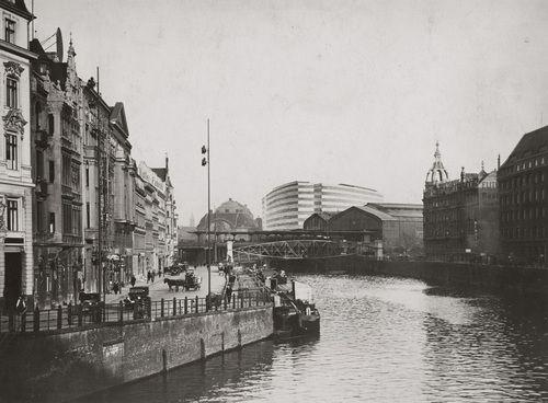 Ludwig Mies van der Rohe. Friedrichstrasse Office Building Project, Berlin-Mitte, Germany. 1929