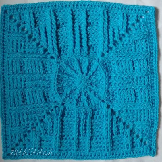 Friends Around the World CAL square 9: Stars and Stripes by CraftyMama Creations #crochetalong #cal #friendsaroundtheworldcal #octoghan #crochet #haken #crochetsavedmylife #crochetconcupiscence #crochetersofig #crochetersofinstagram #instacrochet #ilovecrochet #crochetobsession #stringobsession #obsessedwithstring #string #obsessedwithcrochet #CrochetAddict #StringAddict #YarnAddict #AddictedToYarn #AddictedToString #AddictedToCrochet