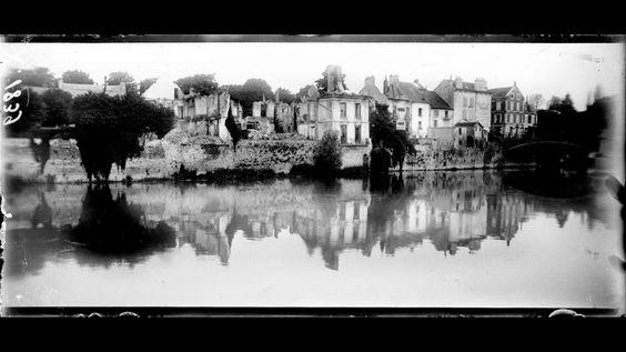 Seine-et-Marne. La Ferté-sous-Jouarre. Les destructions occasionnées par les bombardements de 1914. Juin 1917. Photographe : Agié, Jacques. Référence : SPA 47 X 1839.