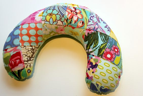 Patchwork Travel Neck Pillow - Pattern and Tutorial