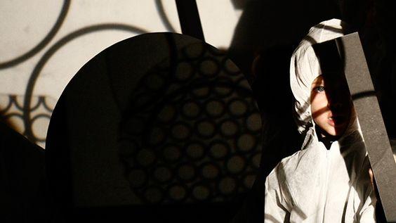 https://www.facebook.com/tallereslaboratoria/  http://tallereslaboratoria.blogspot.com.es/  Laboratoria, es un proyecto educativo que utiliza la creatividad y el punto de vista artístico y lúdico como herramientas básicas en la formación cultural.  Lupe Estévez - Maribel Ganso