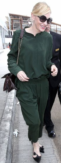 Cate Blanchett arrives at LAX on Sunday.