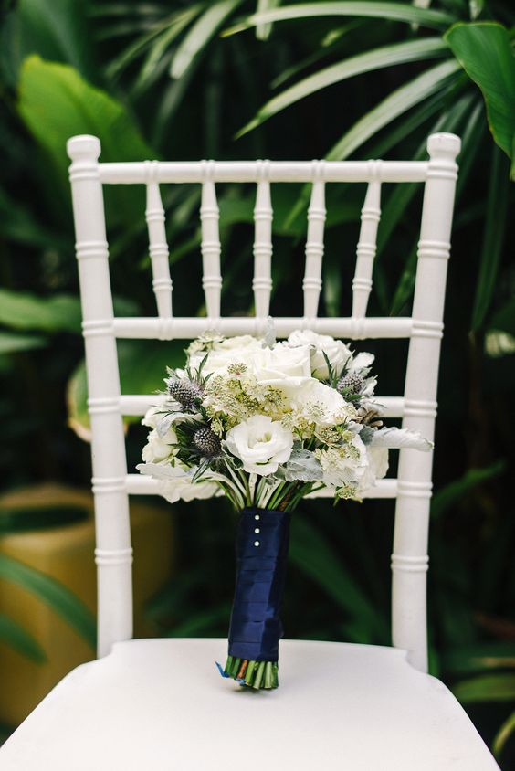 Blue and white bridal bouquet for French-inspired solemnization // French Flair: Josh and Vivian's Parisian-Themed Wedding at Grand Hyatt