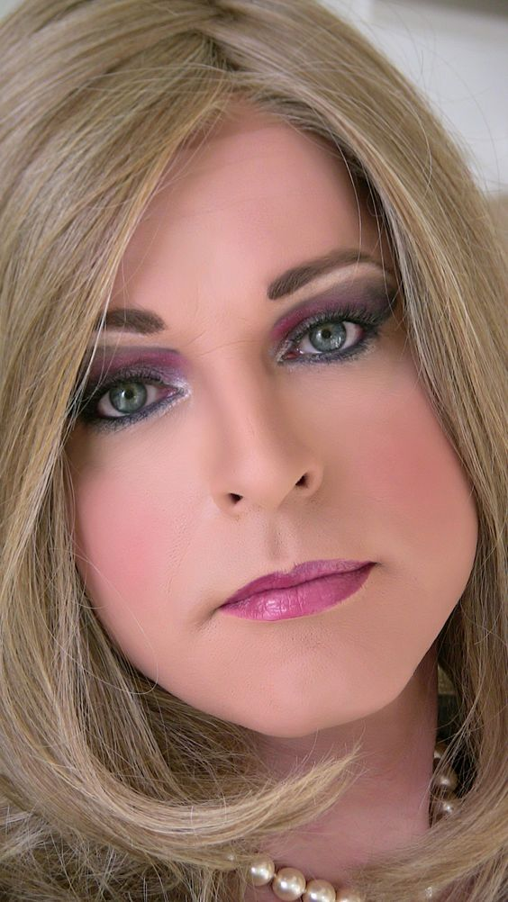 very lovely make-over....would love to get one done ...