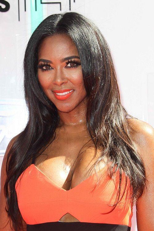 Pin By Mongikazi Phetshula Zangwa On Celebrities In 2020 Kenya Moore Kenya Beautiful Black Women