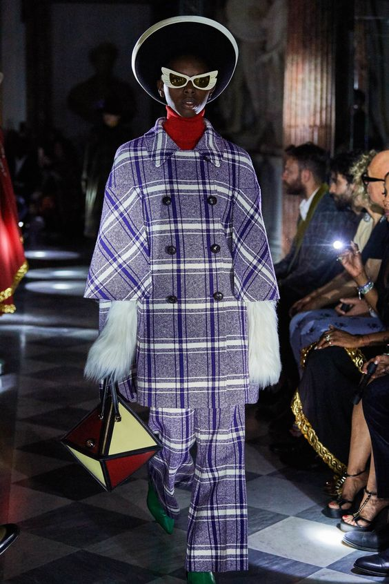 Capes Gucci Resort 2020 fashion trend-buyandslay