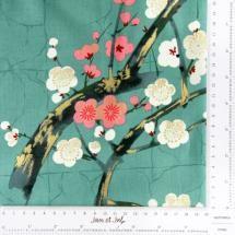 Preciosa Tela verde con flores japonesas ideal para patchwork o costura.  Las flores son flores de almendro, famosas por su belleza y serenidad en Japón.   Tienda online patchwork Jan et Jul:http://www.janetjul.com/telas/green-garden