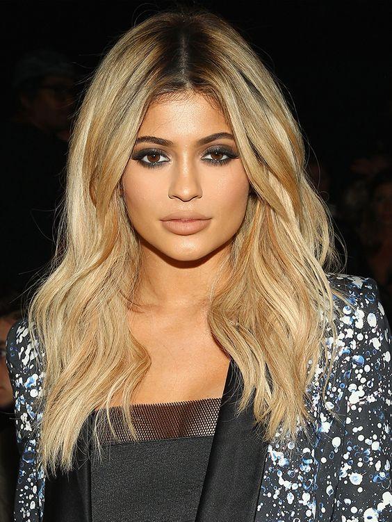 Kylie Jenner's Beauty Website Is Here… Sort Of via @byrdiebeauty