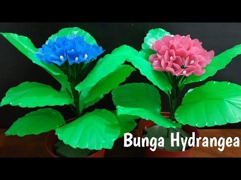 Cara Membuat Bunga Hydrangea Dari Plastik Kresek Youtube Hydrangea Bunga Kreatif
