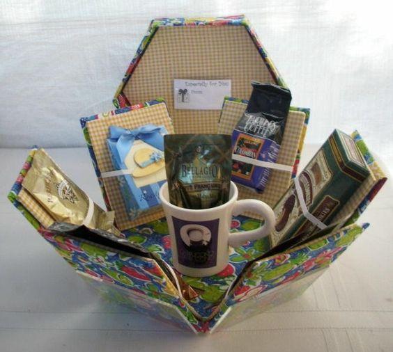 coffee box - 6 kantig explosie-doosje met o.a mok, koffie en cacao leuk als cadeau