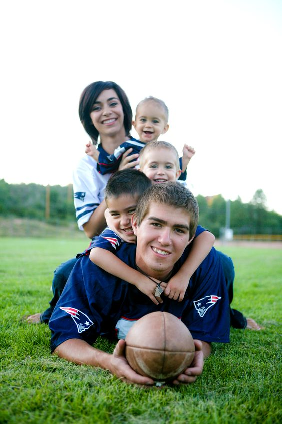 love this pic for our family pics down here in Texas #patriots