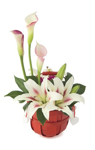 valentines day flower arrangement: