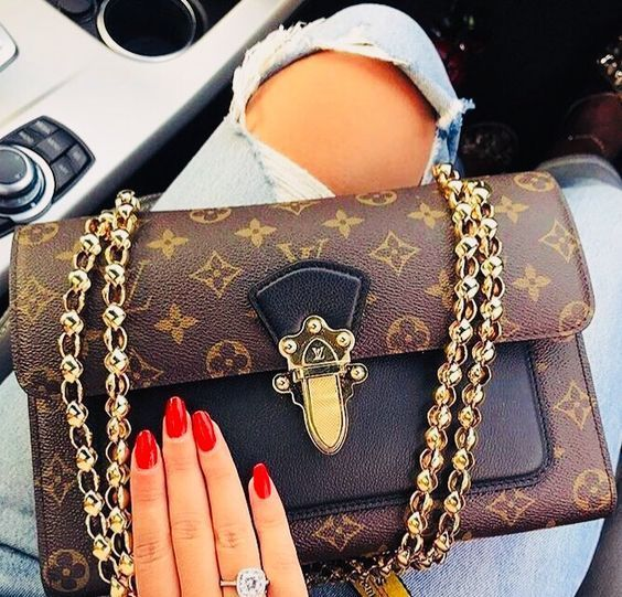 Women Fashion Style New Collection For Louis Vuitton Handbags, LV ...