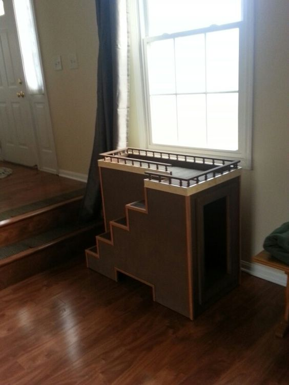 Dog Window Seat With Toy Storage For The Dogs