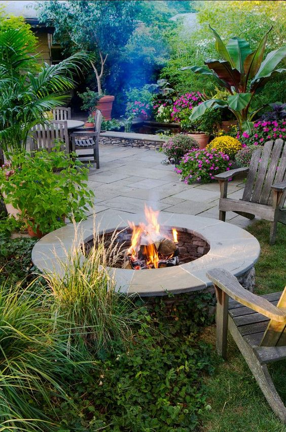 Backyards design trends and cool ideas on pinterest for Patio ideas with fire pit on a budget