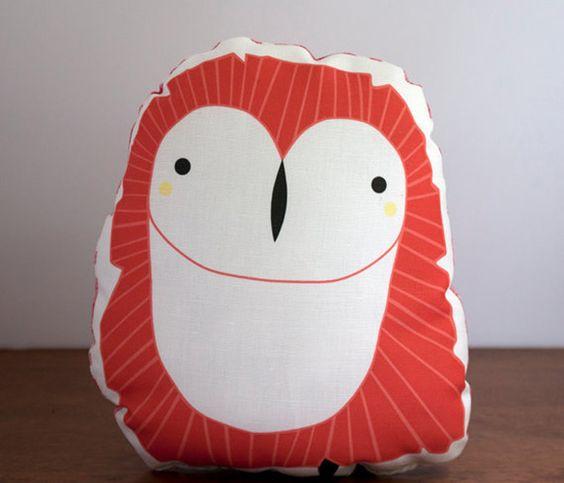 Plush Owl Pillow Uncovet | she loves owls!