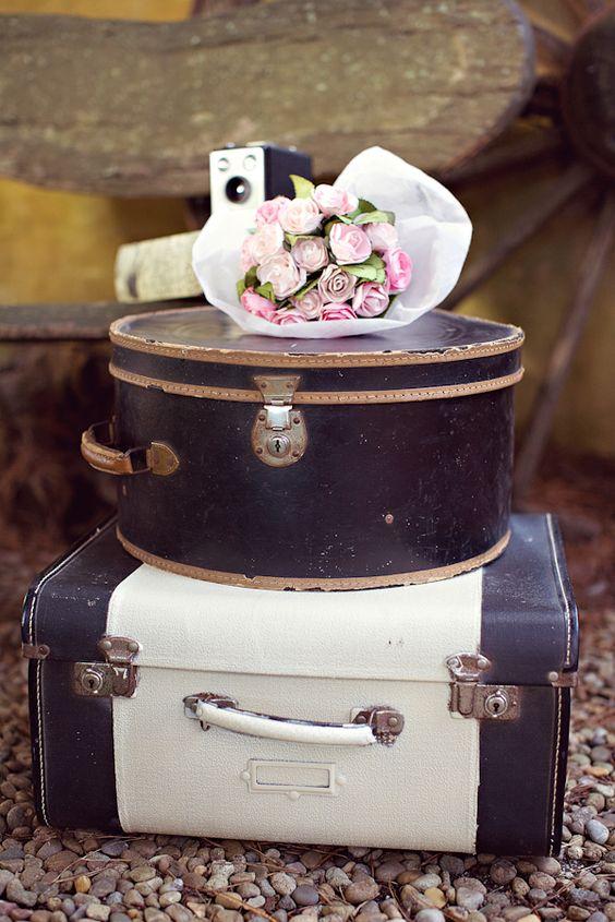 Vintage suitcases <3
