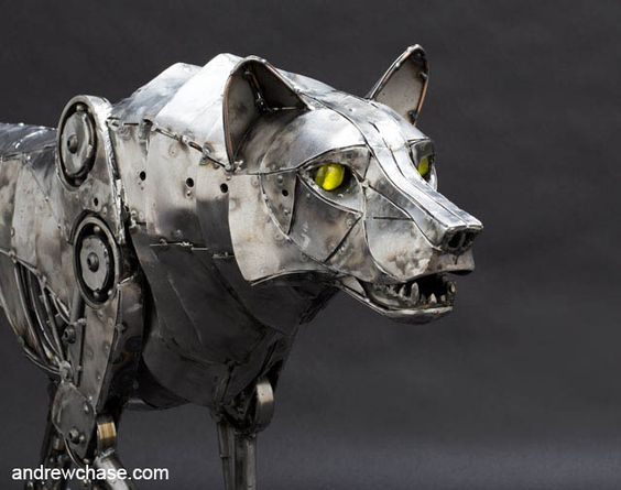 MECHANICAL-WOLF-RUNNING